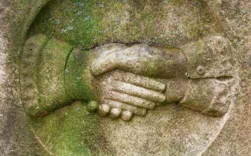 stockvault-tombstone-handshake206097